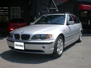 Boundary Garage BMW 325i